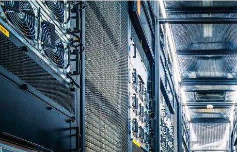 如何选购香港高防服务器搭建网站?