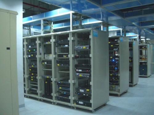 美国高防服务器怎么选才能更稳定更可靠?